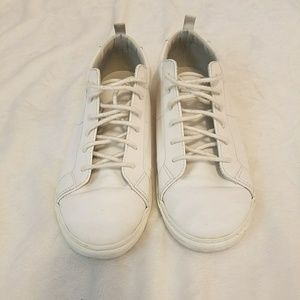 Gap white leather sneakers boys 4y womens 6